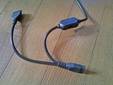 1TBのS-ATA SeagateのST1000DM003にはIDE用とS-ATA用の2種類の電源コネクタがある